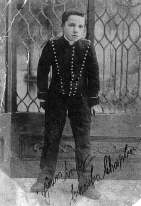 Chaplin as Billy